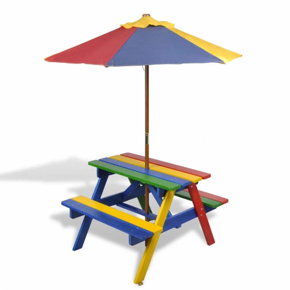 Dětský piknikový stůl s lavičkami a slunečníkem